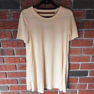 BCBGENERATION Mustard Long T-shirt Ribbed back